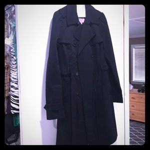 Jackets & Coats - Juicy Couture Trench!!💕